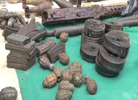 Số vũ khí, đạn dược được giao nộp cho công an