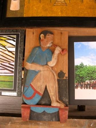 Độc đáo nghệ thuật điêu khắc gỗ của đồng bào Cơtu Quảng Nam - 16