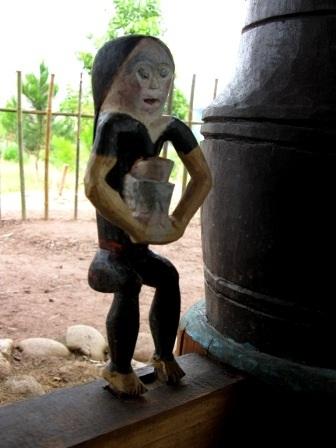 Độc đáo nghệ thuật điêu khắc gỗ của đồng bào Cơtu Quảng Nam - 5