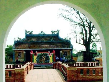 Đình làng Thanh Quýt