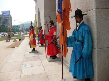 Các ngự lâm quân trong lễ diễu binh
