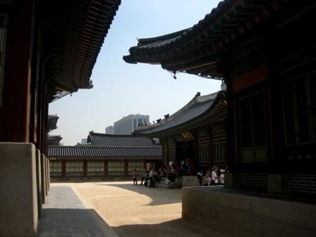 Tham quan Cung điện Hoàng gia Gyeongbok ở Hàn Quốc - 7