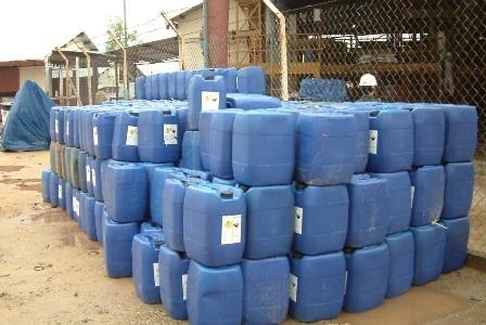 Hóa chất tại nhà máy vàng Phước Sơn