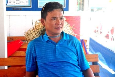 Anh Phú kể lại công việc cứu người bị nạn trong tối qua trên sông Hàn