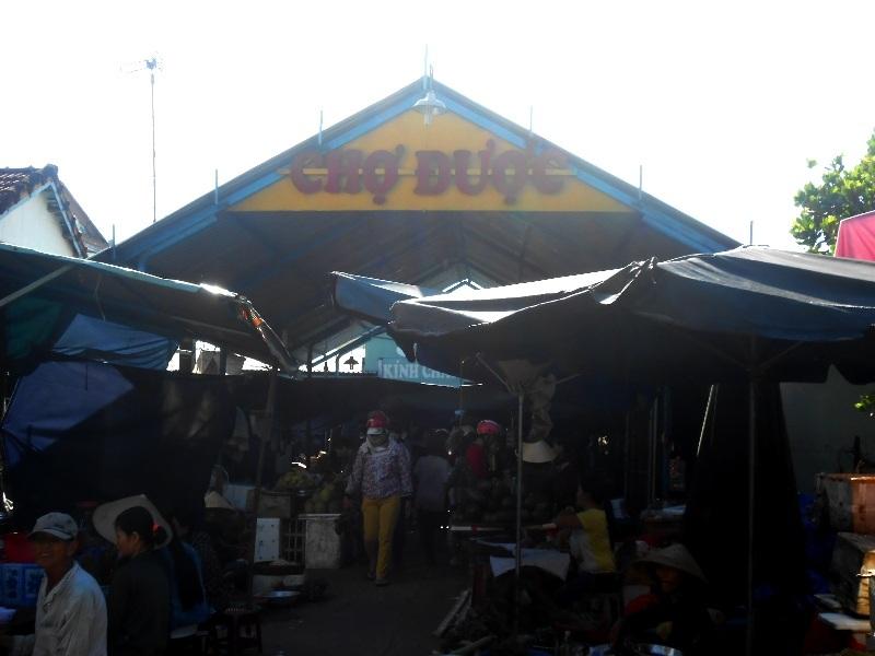 Chợ Được gắn liền với lễ hội Rước Cộ Chợ Được, nét đẹp văn hóa tâm linh của người dân Bình Triều nói riêng và người dân Quảng Nam nói riêng