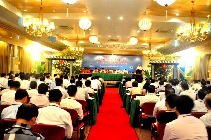 """Lần đầu tiên Chính phủ tổ chức """"Hội nghị Diên Hồng"""" về ngành du lịch"""