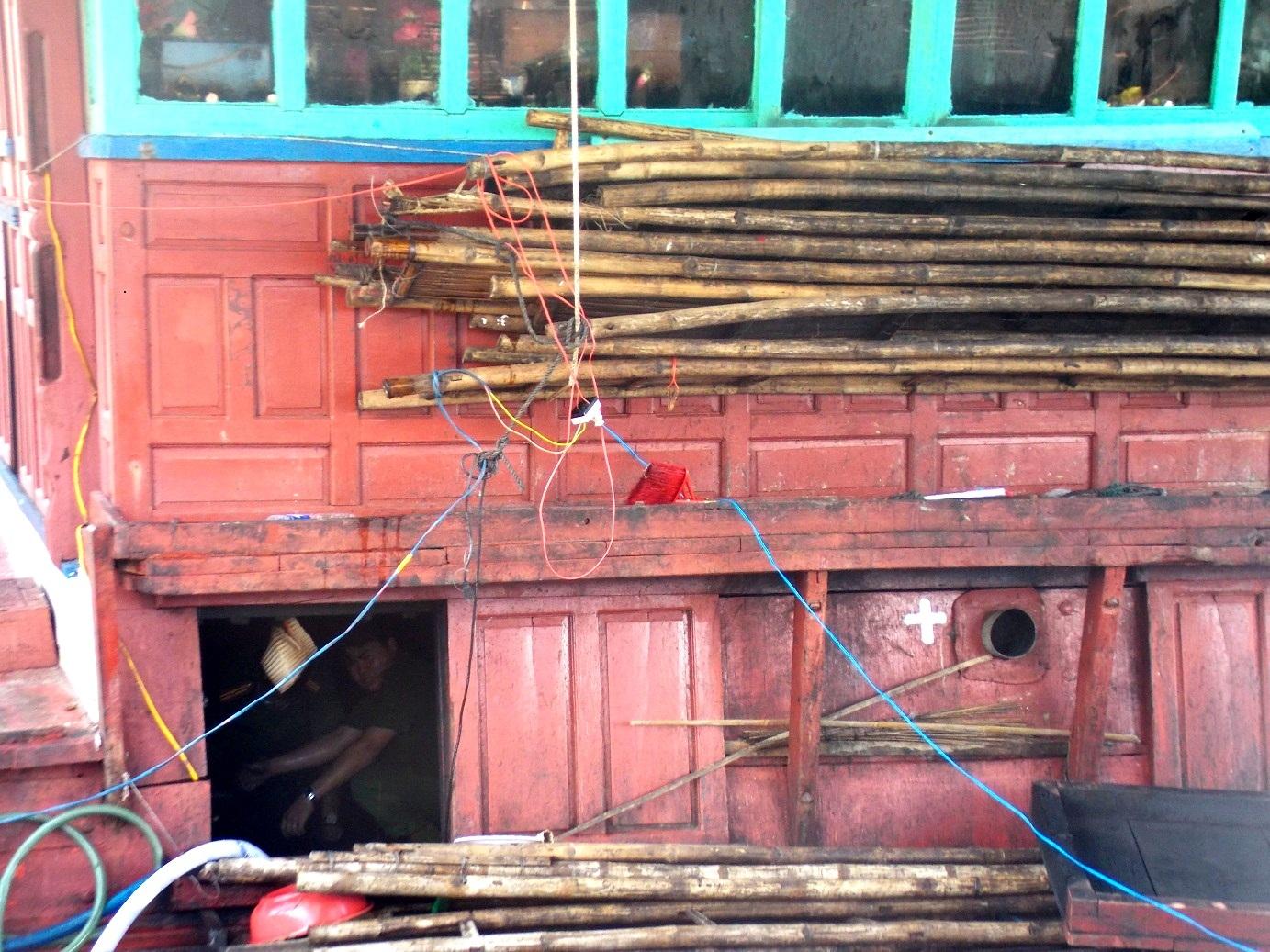 Nơi xuất phát ngọn lửa trên con tàu được dự đoán ở khu vực hầm máy