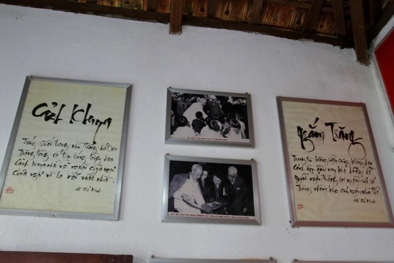 Cụ Thông sưu tầm và trưng bày nhiều tư liệu quý về Bác Hồ