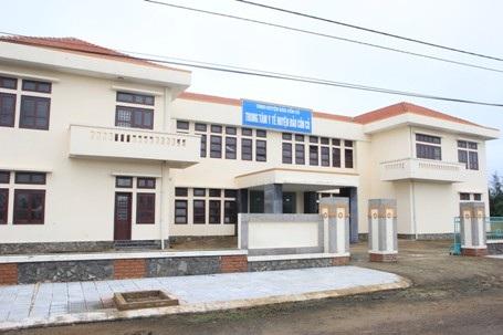 Trung tâm y tế - nơi chăm sóc sức khỏe cho cán bộ, nhân dân vừa hoàn thành và đưa vào sử dụng