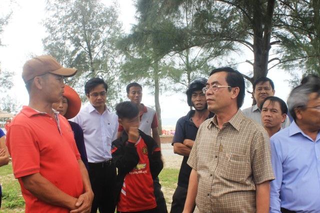 Chủ tịch UBND Nguyễn Đức Chính lưu ý bà con, các hộ kinh doanh nên chuyển đổi sang các thực phẩm khác thay vì hải sản để đảm bảo thị hiếu du khách