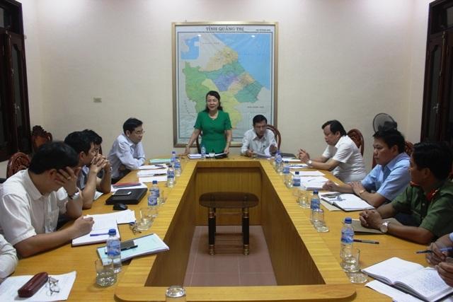 Thứ trưởng Nguyễn Thị Nghĩa cũng lưu ý đối với ngành Giáo dục tỉnh Quảng Trị cần chia sẻ, động viên các thí sinh là con em của các ngư dân
