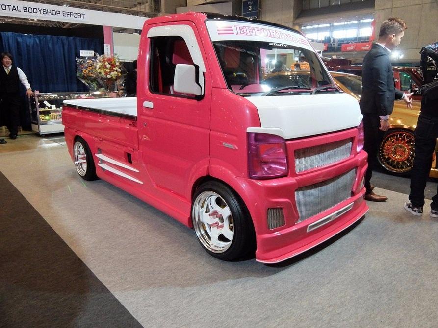 Chiếc xe bán tải cỡ nhỏ Kei-Pick của hãng Hello-Special với kiểu dáng như một chiếc xe...đồ chơi