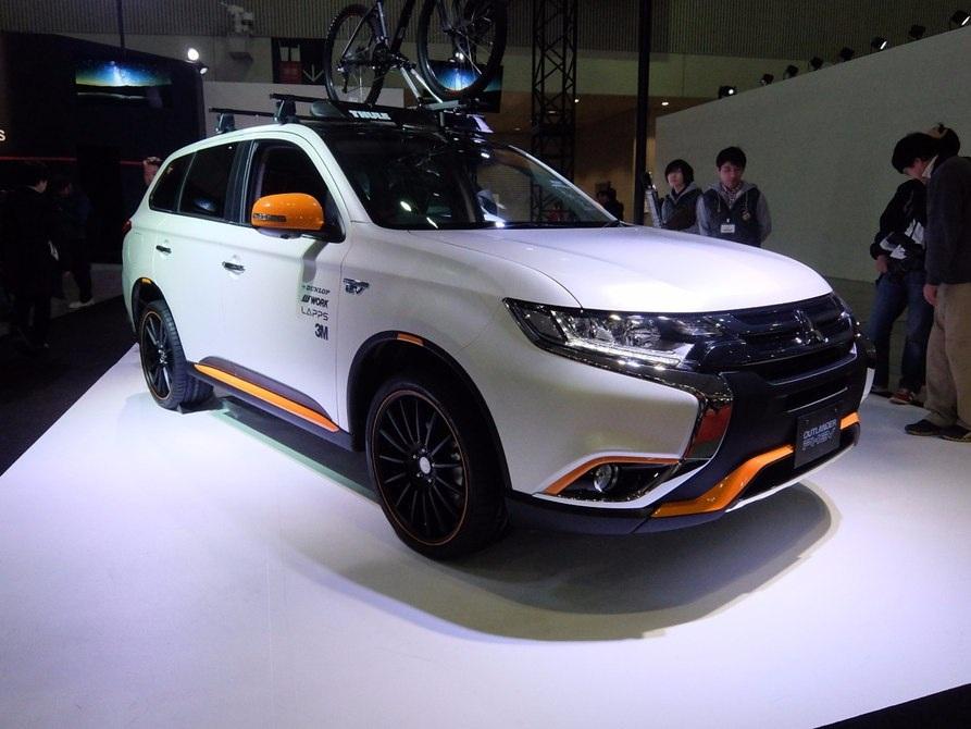 Concept Mitsubishi Outlander PHEV Outdoor