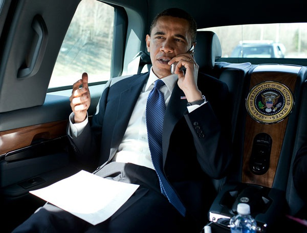 Tại sao Tổng thổng Mỹ Barrack Obama không thể dùng iPhone? - 1
