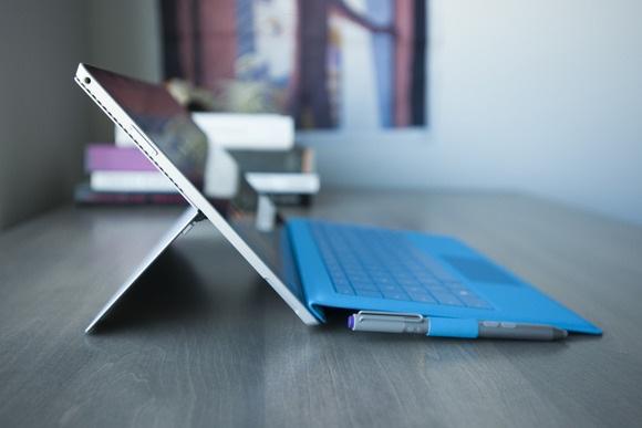 Lỗi khiến pin của Surface Pro 3 tụt giảm nhanh chóng là do phần mềm - 1