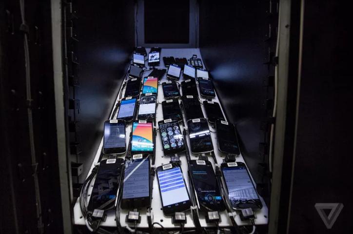 Bên trong phòng thí nghiệm bí mật của Facebook - 1
