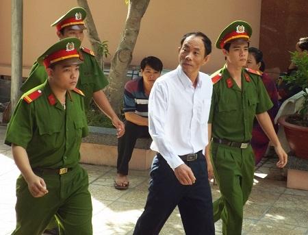 Bị cáo Nguyễn Thành Trung, cựu trưởng Công an huyện Khánh Sơn, Khánh Hòa