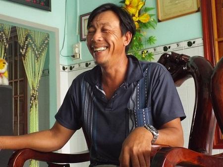 Anh Huỳnh Quyền (TP Cam Ranh) trò chuyện cùng phóng viên Dân trí