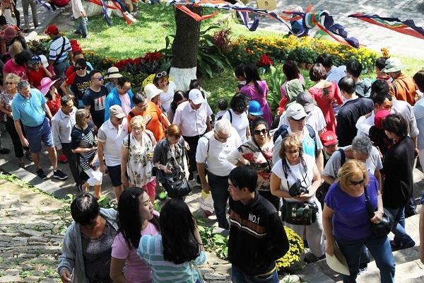 Theo Sở VH-TT&DL tỉnh Khánh Hòa, trong dịp Tết Bính Thân, dự kiến lượng khách đến Nha Trang tăng khoảng 10% so với dịp Tết năm ngoái. Cụ thể, từ mùng 2 đến mùng 7 Tết, dự kiến có hơn 160.000 lượt khách lưu trú, trong đó, khách quốc tế hơn 36.000 lượt