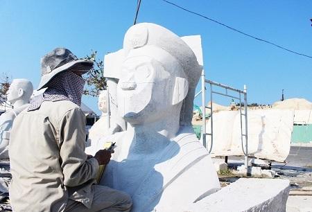 """Khu tưởng niệm được xây dựng với mong muốn là một """"địa chỉ đỏ"""" để mỗi người khi đến với Khánh Hòa sẽ có dịp dừng chân, suy ngẫm về những đóng góp của các liệt sĩ trong công cuộc bảo vệ chủ quyền biển đảo của Tổ quốc, nâng cao trách nhiệm trong công cuộc xây dựng và bảo vệ Tổ quốc"""