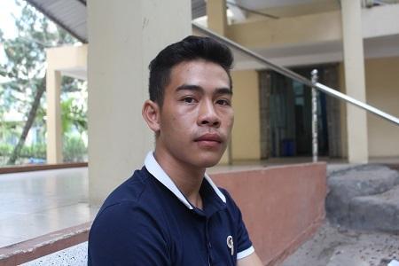Anh Tuấn, em trai chị Th. kể lại sự việc kinh hoàng - Ảnh: Viết Hảo