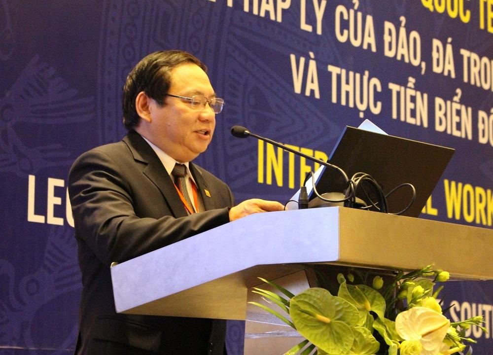 PGS.TS. Phạm Đăng Phước, Hiệu trưởng Đại học Phạm Văn Đồng, khai mạc hội thảo