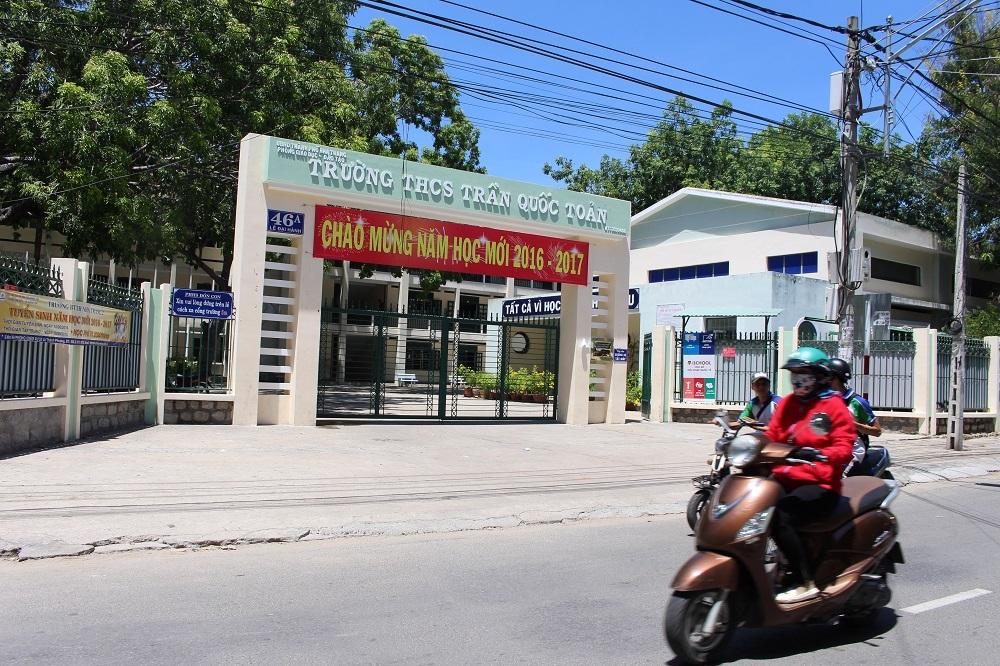 Trường THCS Trần Quốc Toản (TP Nha Trang, Khánh Hòa), nơi nữ giáo viên bị tố đánh, sỉ nhục nữ sinh lớp 8