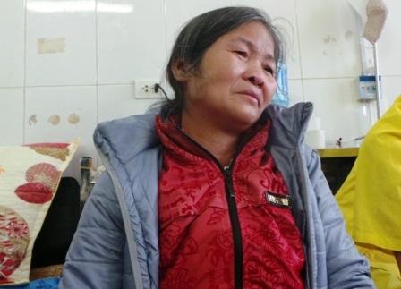 Chị Hương nghẹn ngào khi nói về hoàn cảnh gia đình mình