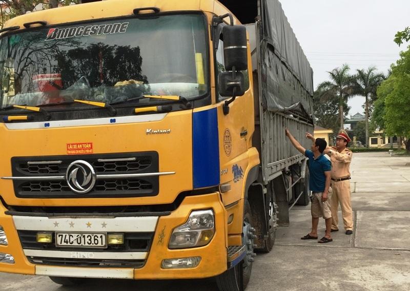 Chiếc xe tải vi phạm an toàn giao thông