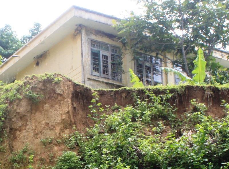 UBND tỉnh Thanh Hóa phê duyệt đầu tư chống sạt lở bờ sông Âm, đảm bảo an toàn cho Trường tiểu học Vân Am II.