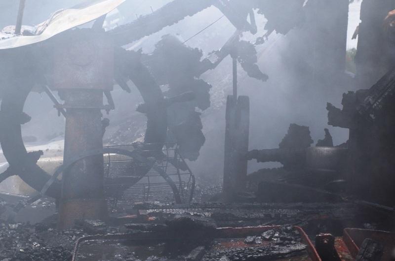 Cảnh tan hoang trên con tàu sau vụ cháy