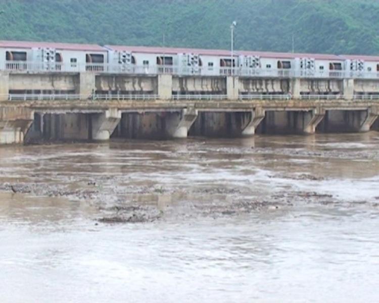 UBND tỉnh Thanh Hóa yêu cầu Cty thủy điện thu gom, xử lý rác thải lòng hồ