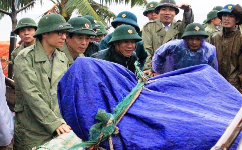 Phó Thủ tướng Vũ Đức Đam thị sát phòng chống bão tại Thanh Hóa - 5