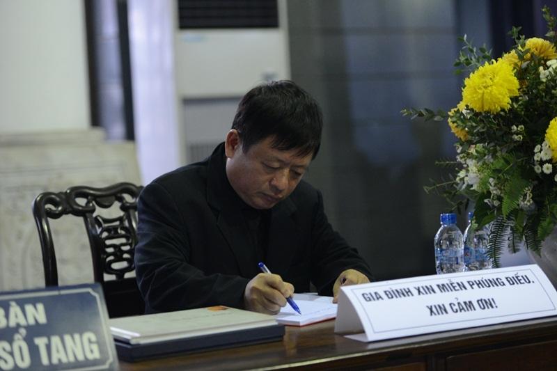 Nhạc sĩ Đỗ Hồng Quân là Trưởng Ban tổ chức lễ tang nhạc sĩ Thanh Tùng.