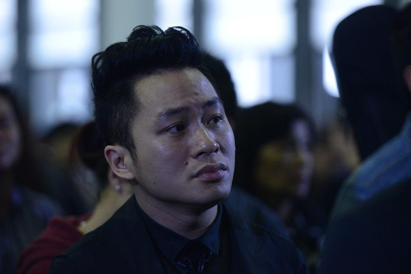 Tùng Dương đến tiễn đưa người nhạc sĩ mà anh vô cùng kính trọng.