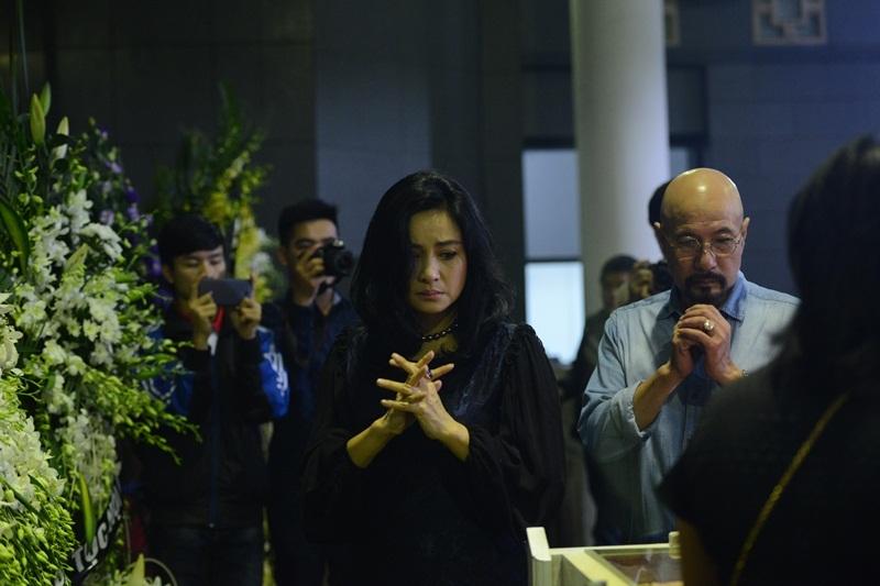 Những hình ảnh xúc động tại lễ tang nhạc sĩ Thanh Tùng - 13