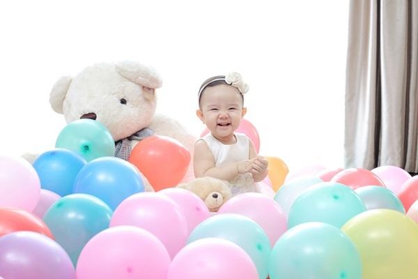 Trang Nhung viết thư cảm động tặng con gái sinh nhật đầu đời - 2