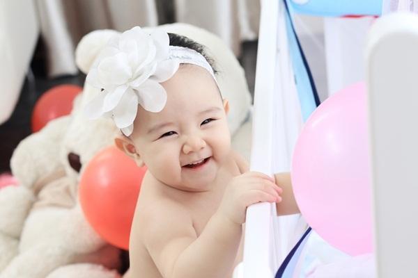 Trang Nhung viết thư cảm động tặng con gái sinh nhật đầu đời - 5