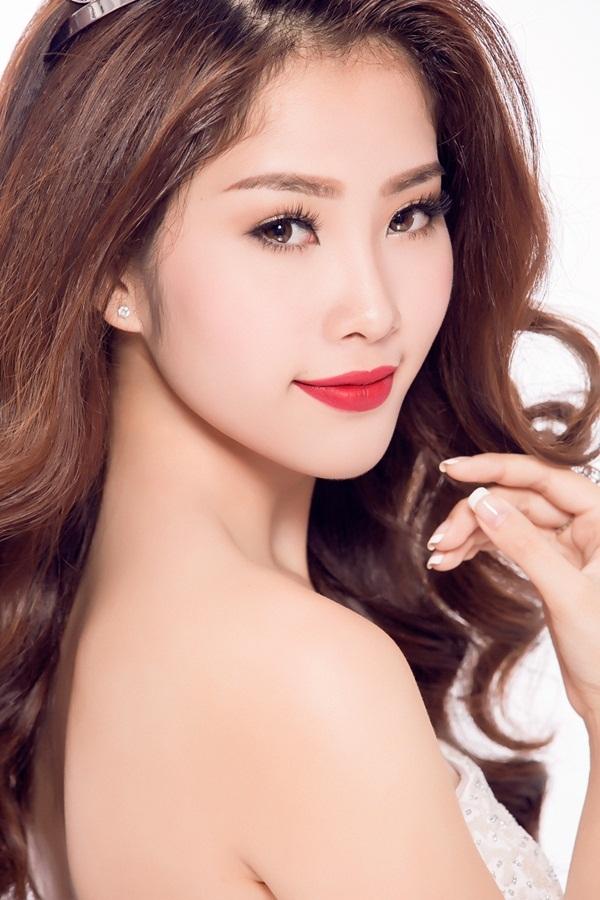 """Hoa khôi Nam Em đội vương miện xinh đẹp như """"nữ thần"""" - 4"""