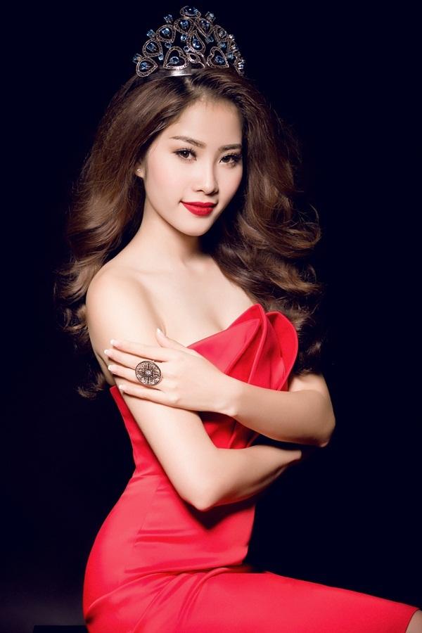 """Hoa khôi Nam Em đội vương miện xinh đẹp như """"nữ thần"""" - 6"""