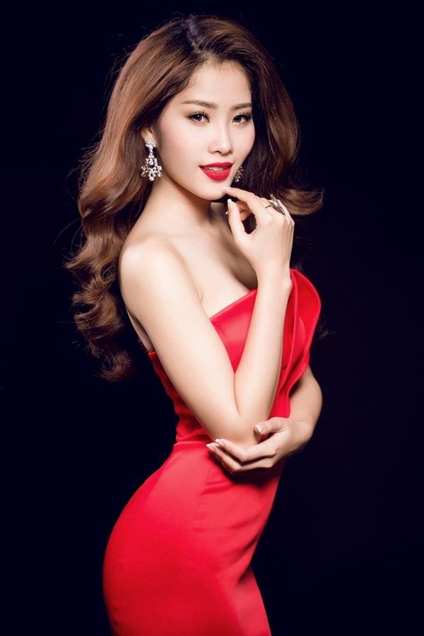 """Hoa khôi Nam Em đội vương miện xinh đẹp như """"nữ thần"""" - 9"""