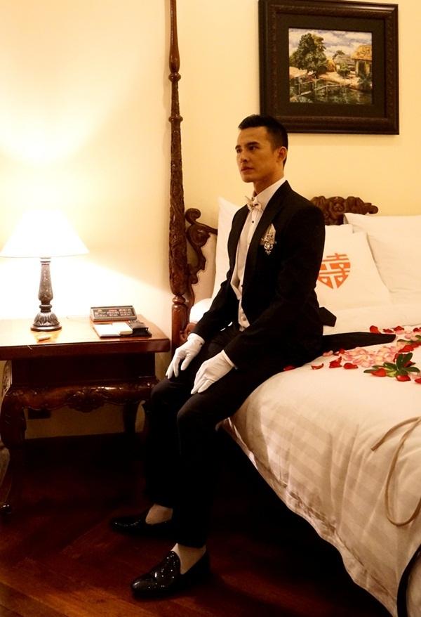 Chú rể Lương Thế Thành lịch lãm, điển trai như một chàng hoàng tử.