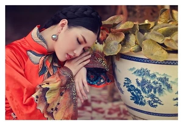 Hoa khôi Du lịch Huế 2016 làm nàng thơ với áo dài thướt tha - 10