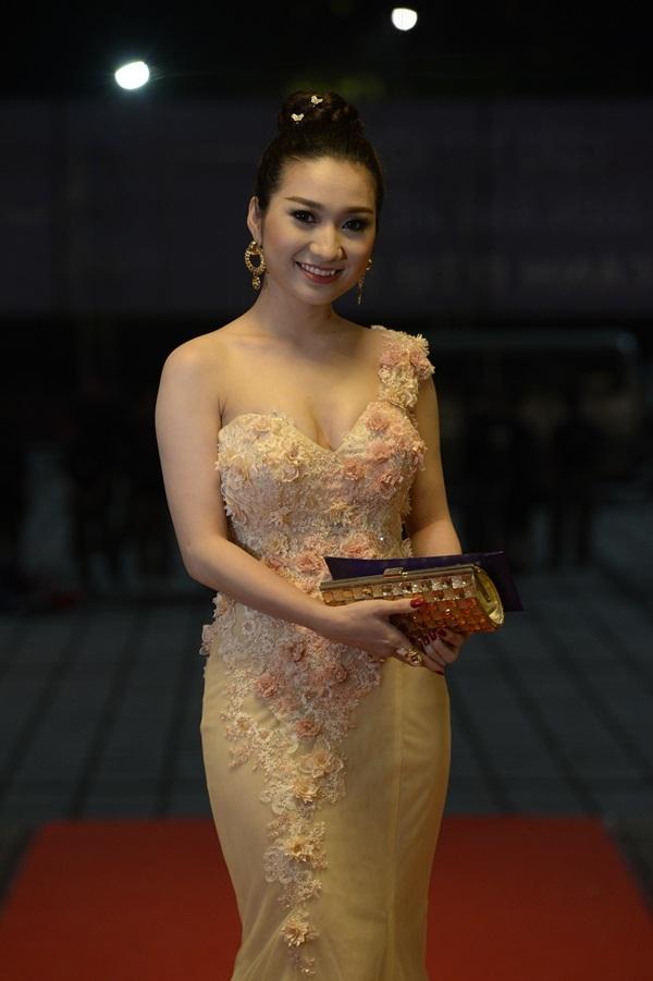DV Cao Mỹ Kim.