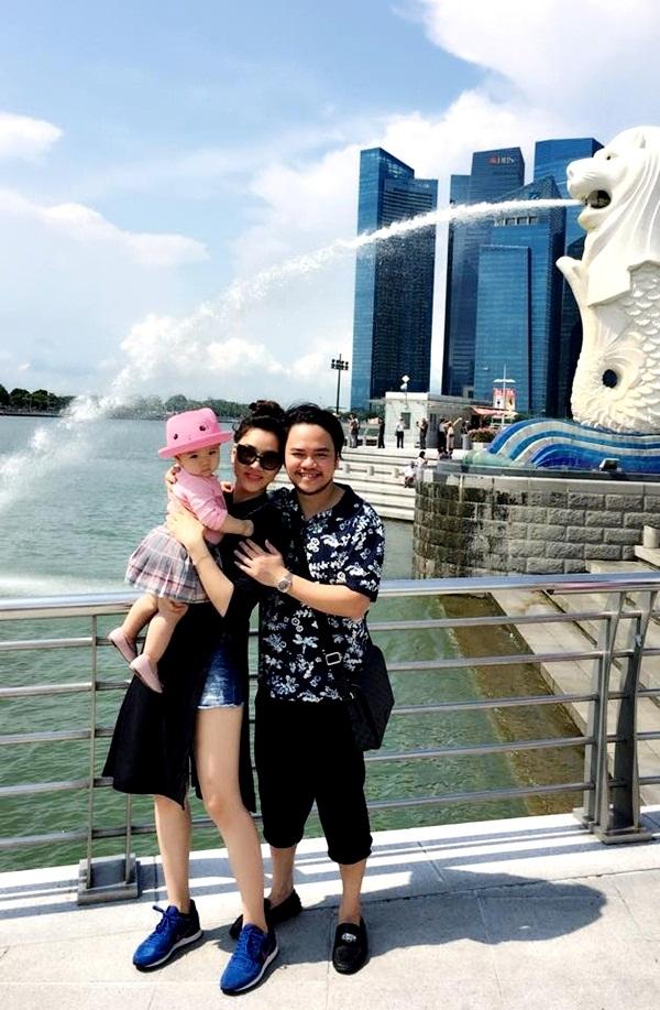 Vợ chồng siêu mẫu Trang Nhung đưa nhóc tì vi vu kì nghỉ lễ - 4