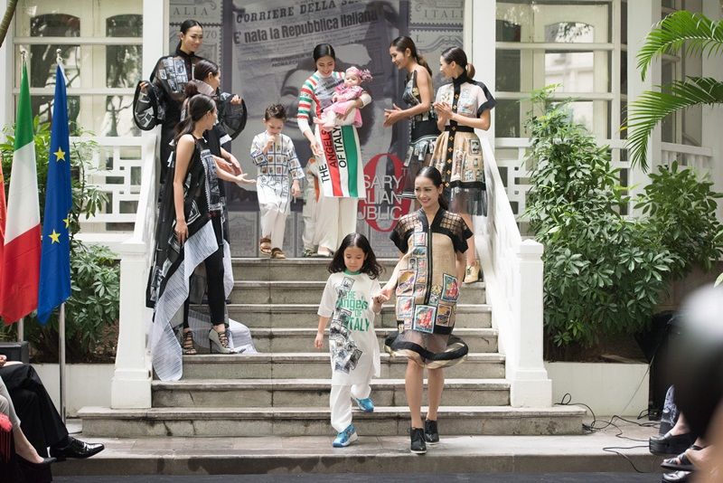 Chương trình do Đại sứ quán Italia cùng Hội đồng thời trang Ý - Việt tổ chức nhằm kỷ niệm 70 năm ngày Quốc khánh nước Cộng hoà Italia.