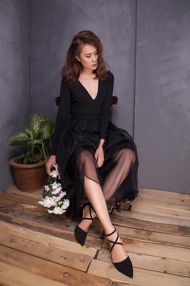 Miss Teen Hồ Bích Trâm đẹp mơ màng với đầm voan bó sát - 6