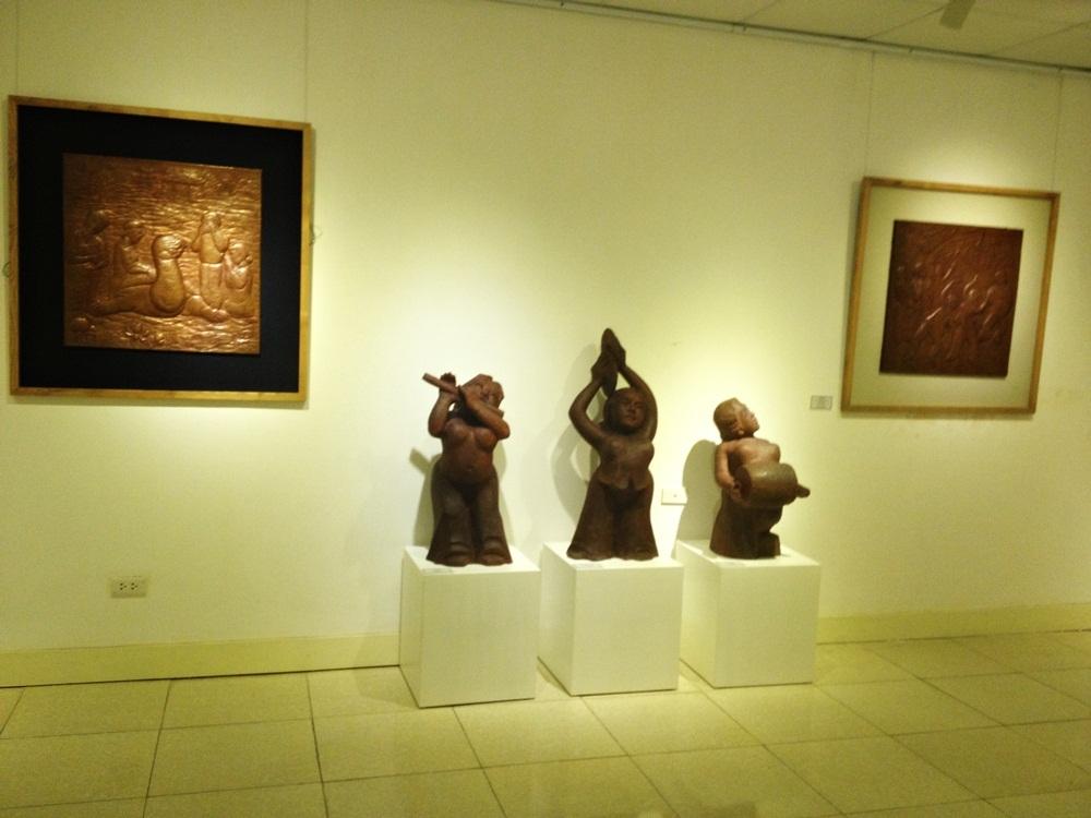 Thưởng lãm tác phẩm của nhà điêu khắc nổi tiếng tạc chân dung lãnh tụ - 7
