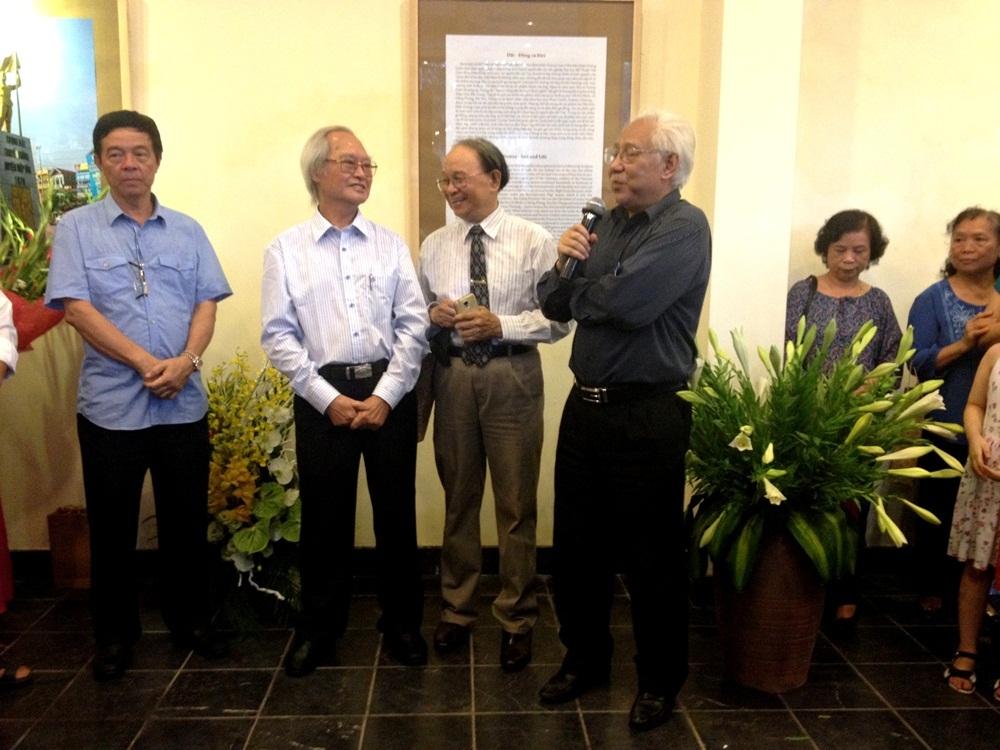 Ông Trần Khánh Chương - Chủ tịch Hội Mỹ thuật Việt Nam phát biểu khai mạc.