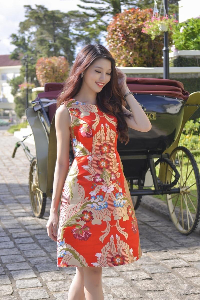 Vừa qua, Quỳnh Châu nhận được sự quan tâm và ủng hộ của công chúng trong suốt quá trình diễn ra cuộc thi Hoa khôi Áo dài 2016. Vì vậy, việc cô không lọt vào Top 3 của Hoa khôi Áo Dài cũng gây sự tiếc nuối cho người hâm mộ.